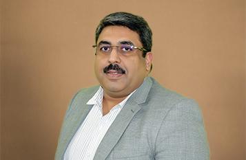 Dr.Vikram-Sharma